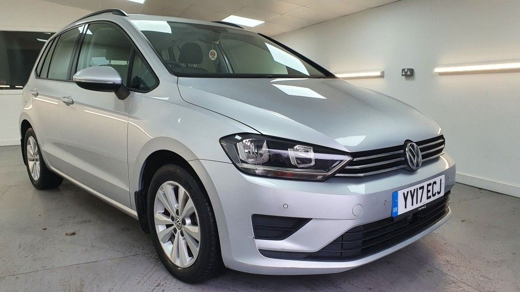 VolkswagenGolf_Sv